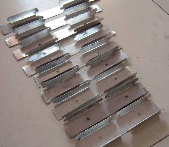 供应彩钢扣板龙骨