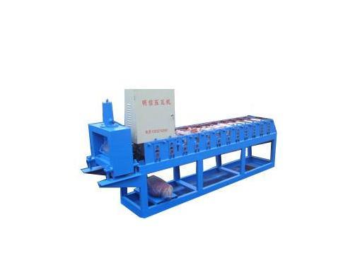 彩钢扣板机器(图片)